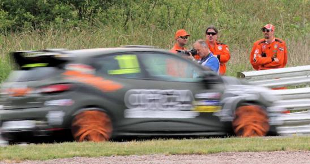 Team placement inside of Cascades