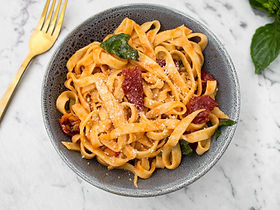 Linguini with Sun-dried Tomatoes and Basil