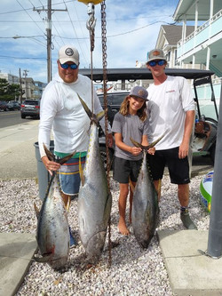 Cobia Boat of Yellowfin