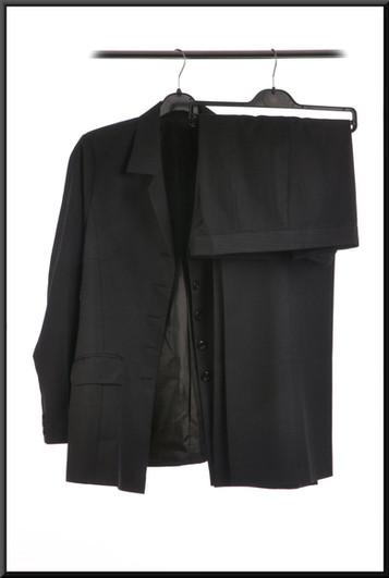 Men's suit with very faint pinstripe, five buttons, estimated chest 32, waist 28, inside leg 33 - very dark blue