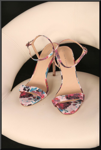 Ladies' floral pattern sandals size 5 by New Look