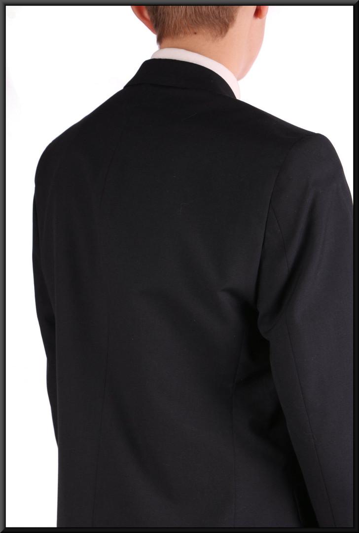"Men's / boys' very dark blue lounge suit, chest 36, waist 31, inside leg 32, fit regular Model height 5'11"""
