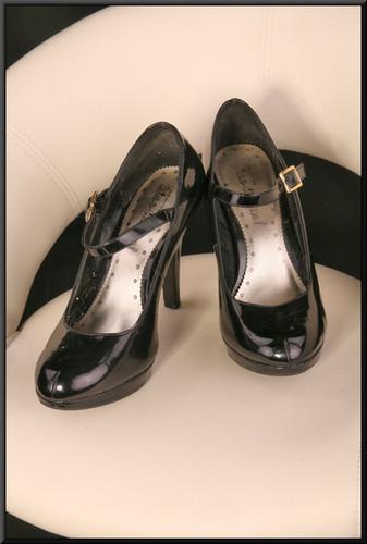 Ladies' black patent stiletto evening shoes size 5 by Shoe-licious
