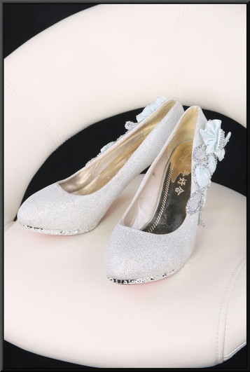 Ladies' bejewelled  slim fit evening shoes with light blue fabric floral decoration size 4