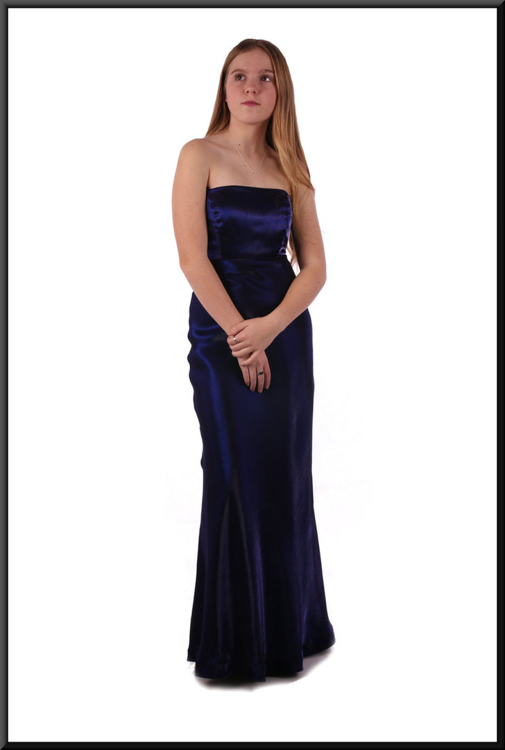 Coarse velvet effect evening dress with satinette underskirt - very dark purple