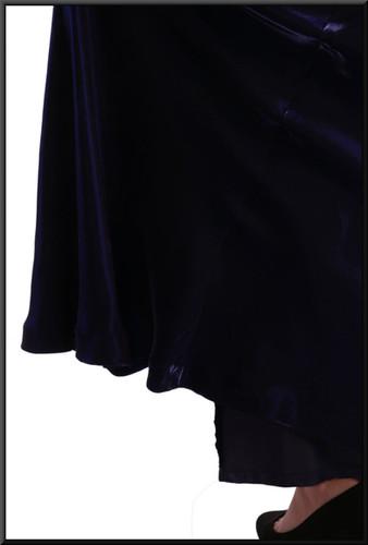 Coarse velvet effect evening dress with satinette underskirt