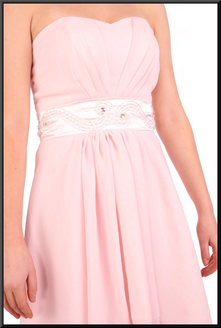 """Strapless polyester chiffon double layer dress, size 4in pink Model height 5'2"""""""