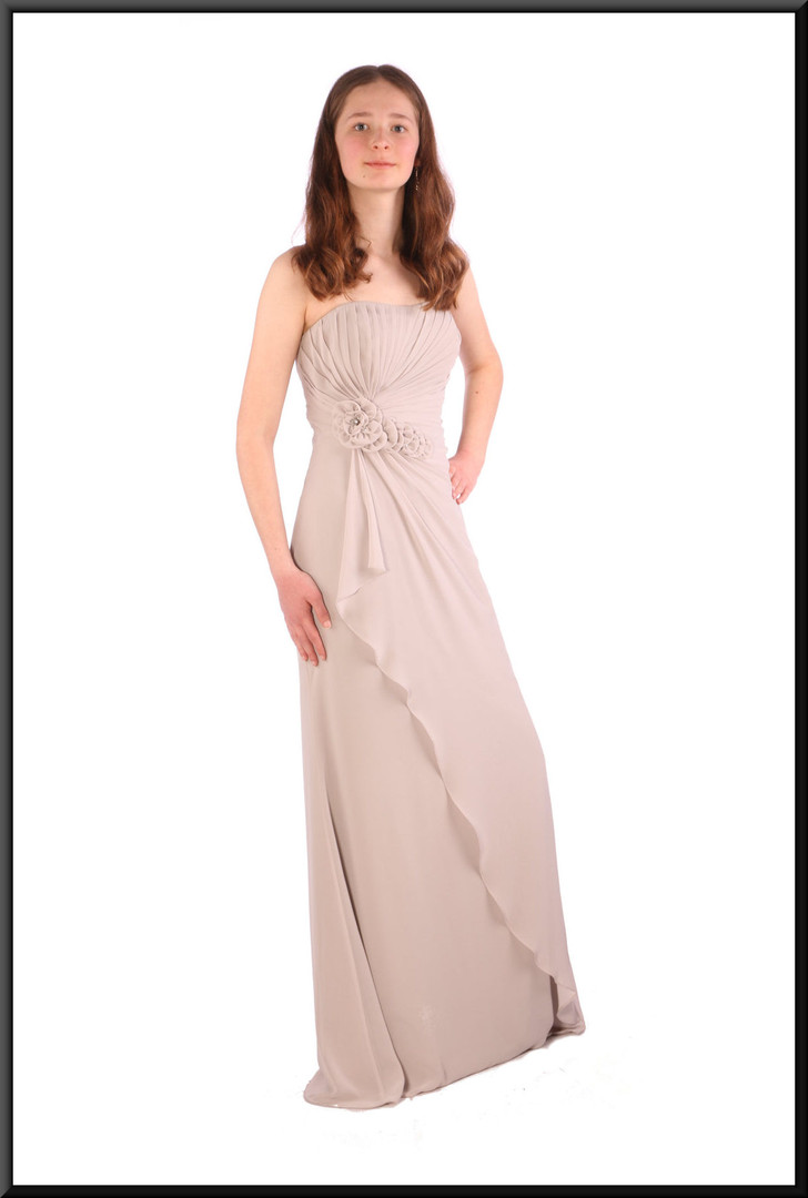 Strapless flowing double layer chiffon evening dress - light grey, size 8 / 10; model height 5'6""