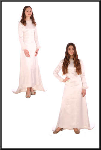 """Vintage 1972 wedding dress with train – white with a hint of ivory, size 6 / 8; model heights 5'6"""" (left) and 5'5"""" (right)"""