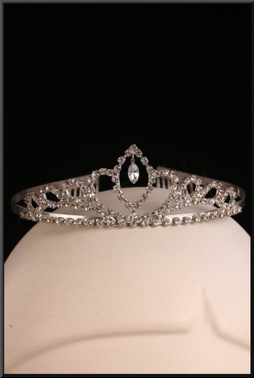 Silver effect bridesmaid tiara with diamond effect embellishment – pairs with cat. no. A154