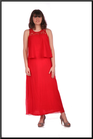 """Ankle length polyester evening / cocktail dress - red, size 10. Model height 5'10"""""""