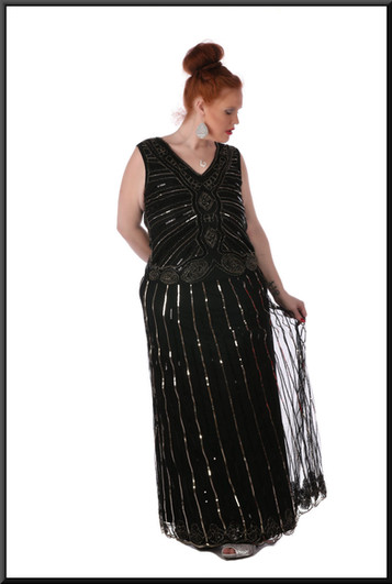 Size 18/20 Sequinned full length dress - black with patterened gold thread
