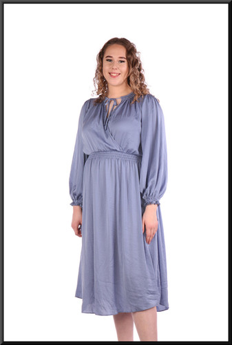 Boho / Amish style calf length 100% polyester dress brushed cotton effect - mid to light blue