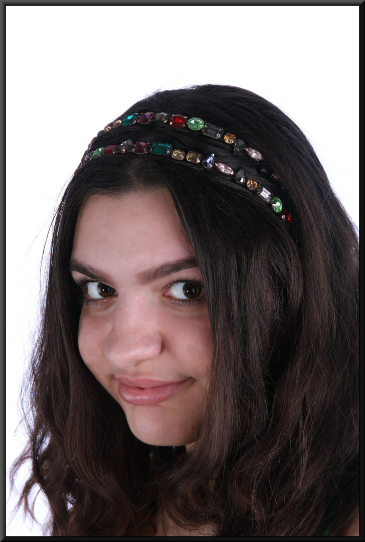 Multi-coloured gem old gold coloured double head band