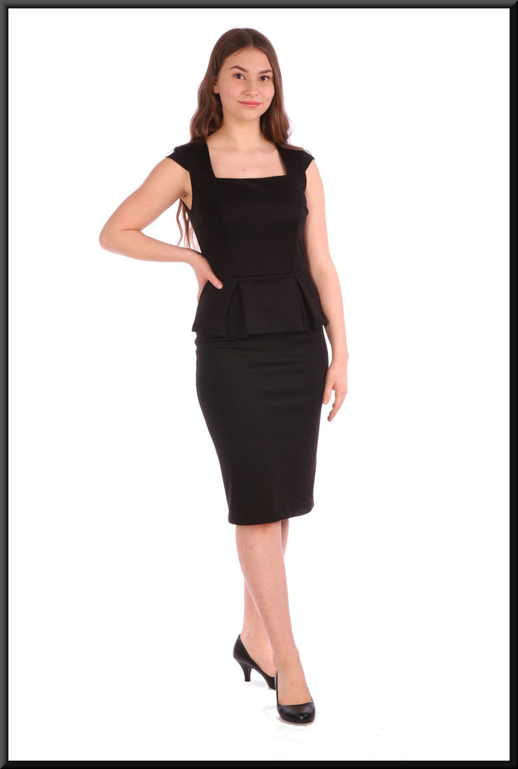 Slimline cocktail dress - black, size 8; model height  model height 5'5""