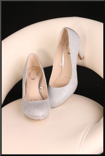 Ladies' sparking silver court shoes (EU 38) size 5