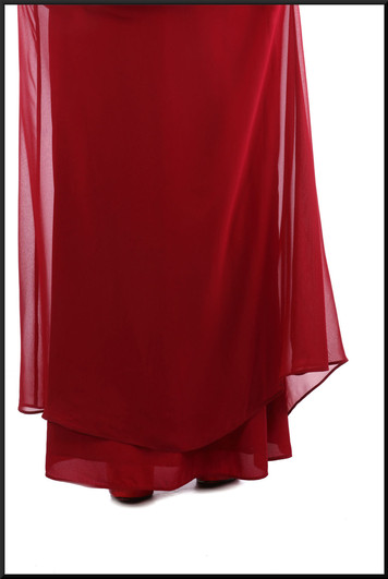 """Full length strapless chiffon over satinette bridesmaid / evening dress red, marked US 8, size 12, model height 5'3"""""""