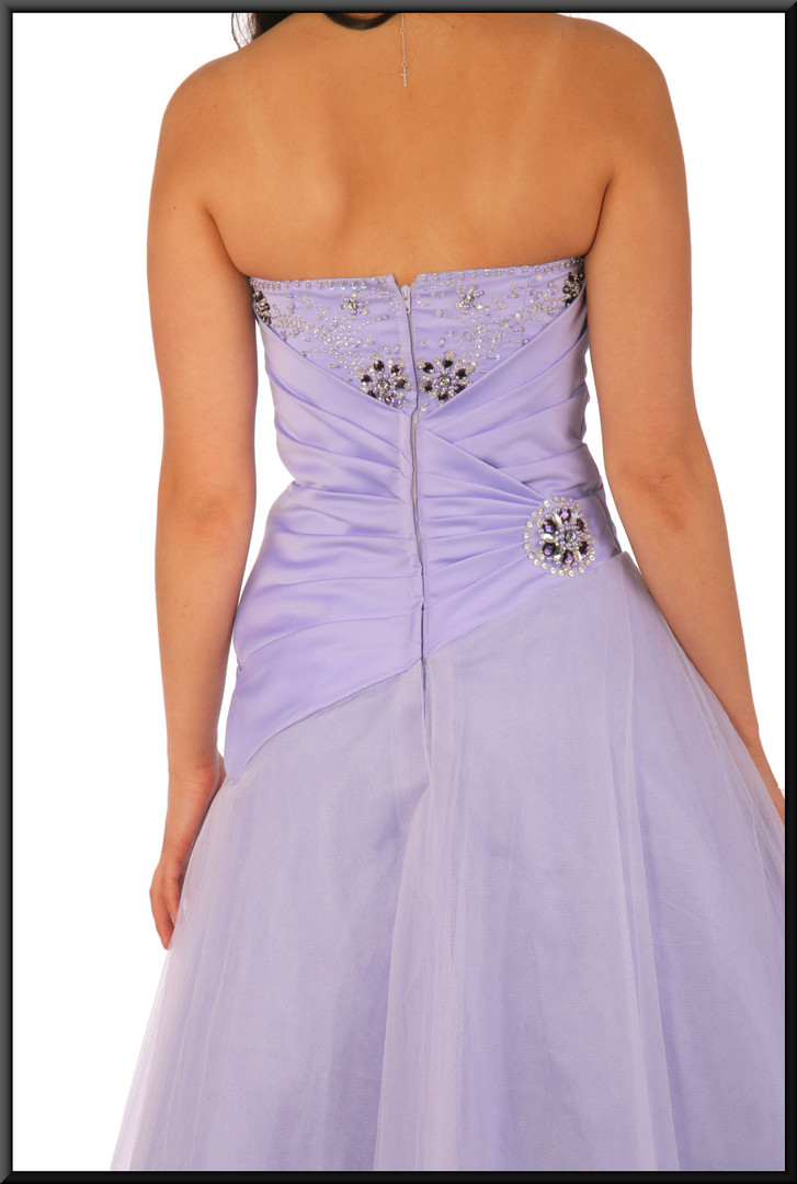 """Ankle length net multi-layered strapless evening dress, lilac, size 6; model height 5'7"""""""