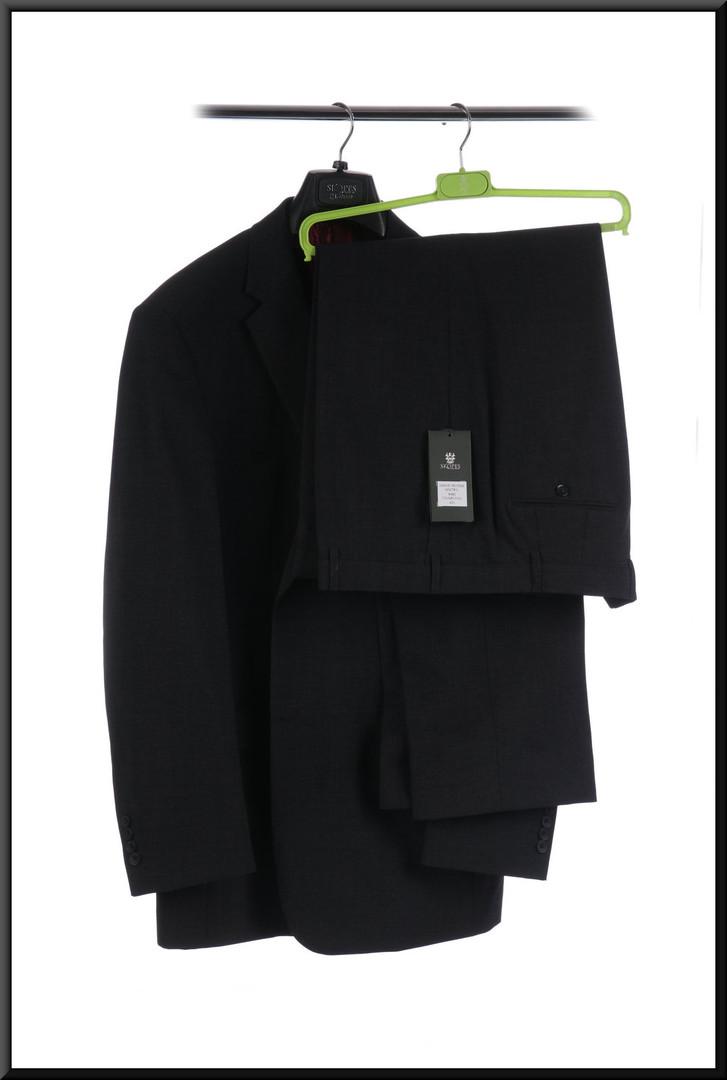 Men's suit s/b BRAND NEW jacket 46 long trousers waist 42 long - charcoal grey; matches cat. no. 246