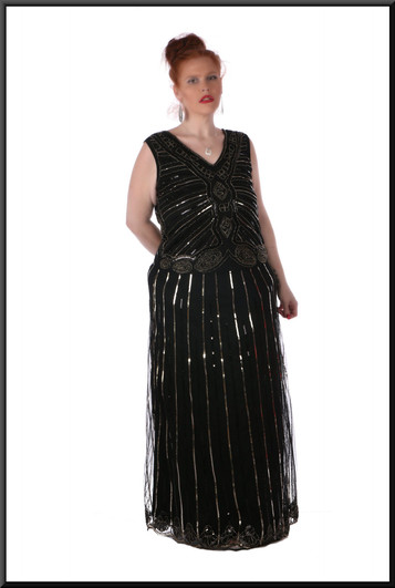 """Sequinned full length dress, size 18 / 20 in black with a gold pattern. Model height 5'7"""""""