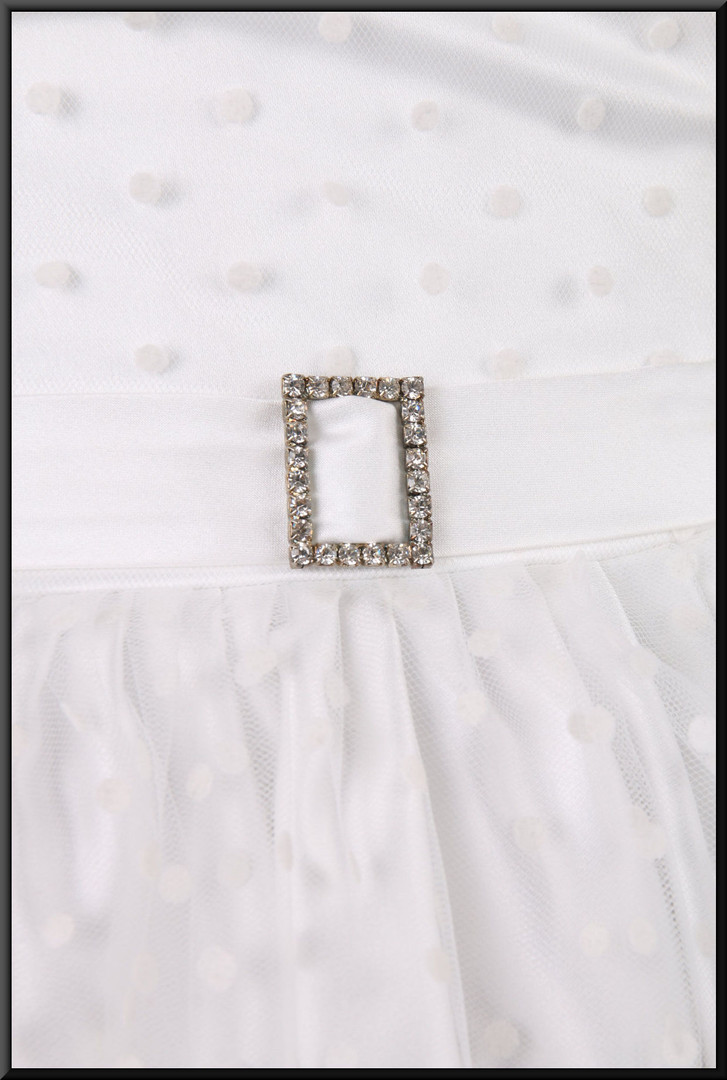 Strapless spotty-pattern, diamanté brooch belt, bridesmaid dress, size 18/20 - off white.  Model height 5'7""""