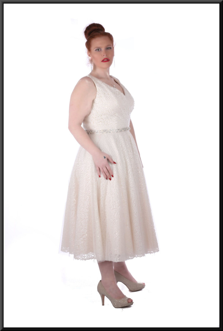 """Full strap calf length, diamanté belt, button-over, bridesmaid dress, size 18 in pink,ivory and silver. Model height 5'7"""""""