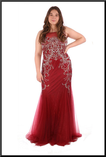 """Jessica Rabbit style flared evening dress with gold coloured bejewelled trim - burgundy red, size 14; model height 5'7"""""""