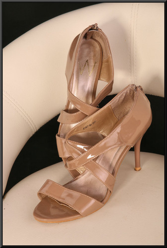 Ladle's light brown patent evening sandals size not marked, believed to be size 5 by Wallis (?)