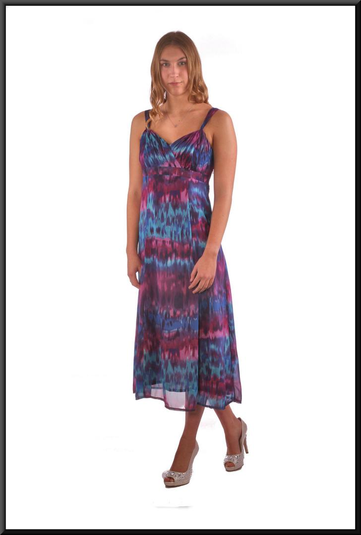 """Chiffon over polyester boho style summer cocktail dress - blue & maroon, size 10. Model height 5'9"""""""