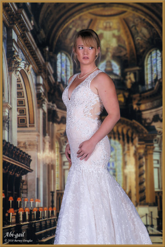 Bridal wear VR background sample showing the high altar at St Pauls Cathedral