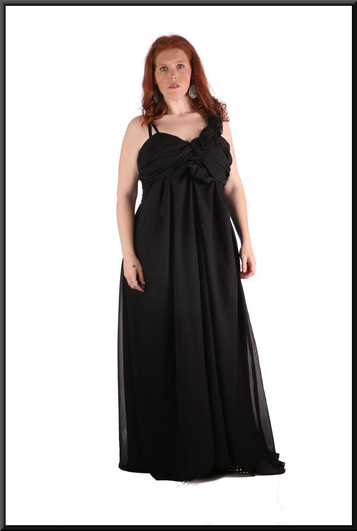 Ankle length chiffon over polyester full skirt evening / party dress, black, size 22, model height 5'7""