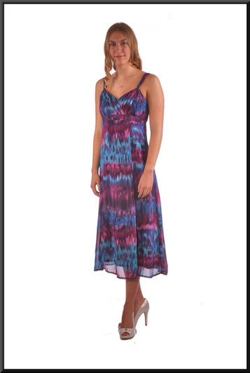 """Chiffon over polyester boho style summer cocktail dress - blue and maroon, size 10; model height 5'10"""""""