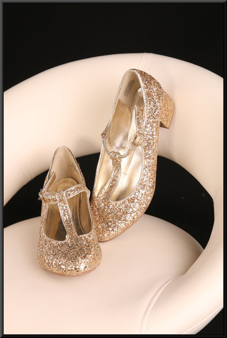 Ladies' jewelled effect good sparkly ball style shoes with slight heel size 6