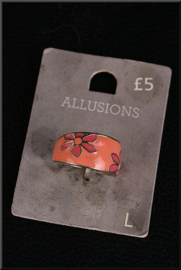 Coral coloured signet ring – pairs with cat. no. A157