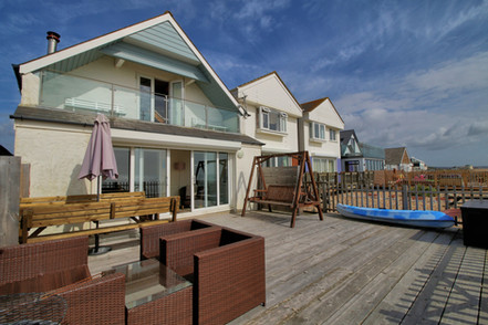 Private holiday property rent
