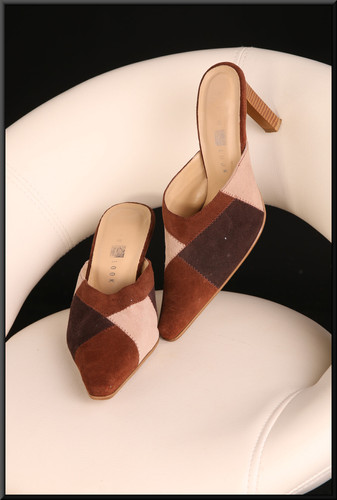 Ladies' tri-colour brown and fawn slip-on shoes size not marked estimated size 4