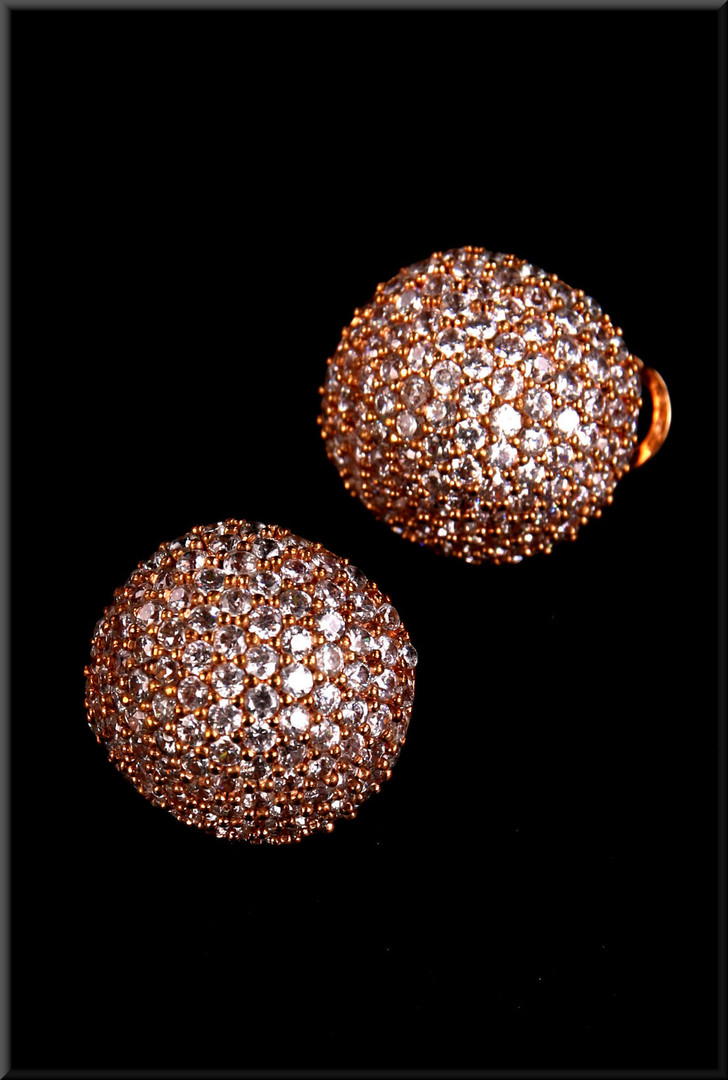 Sparkly gold effect thirties style earrings