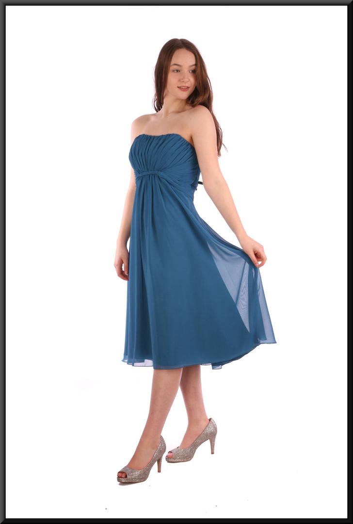 "Strapless knee length full skirt party dress chiffon over satinette - teal, size 14; model height 5'7"""