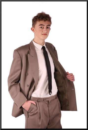 Two-piece men's suit, chest NK, waist NK, leg S - mid tan