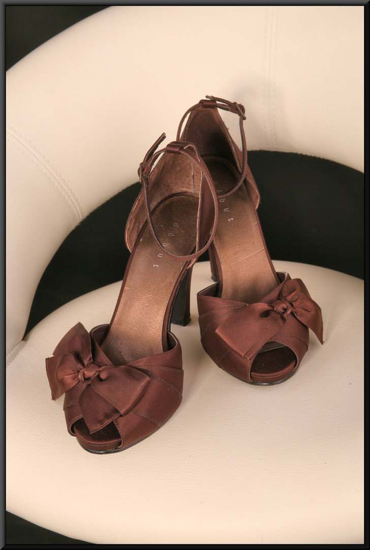 Ladies' satin effect bronze evening sandals and satin bows size 5 by Debut