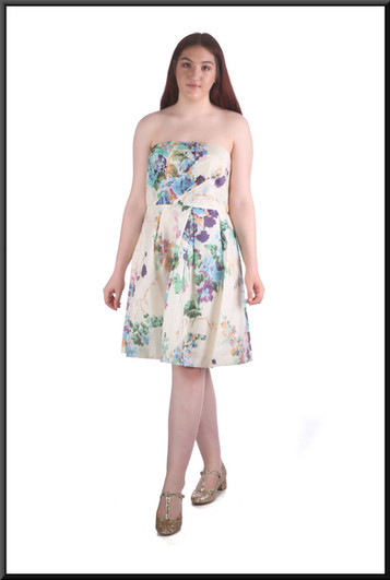 """Strapless summer dress, light multi-coloured, size 16, model height 5'7"""""""
