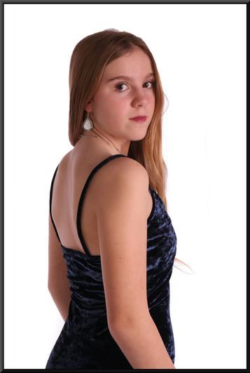 """Velvet effect polyester cocktail dress, size 8 in royal blue. Model height 5'5"""""""
