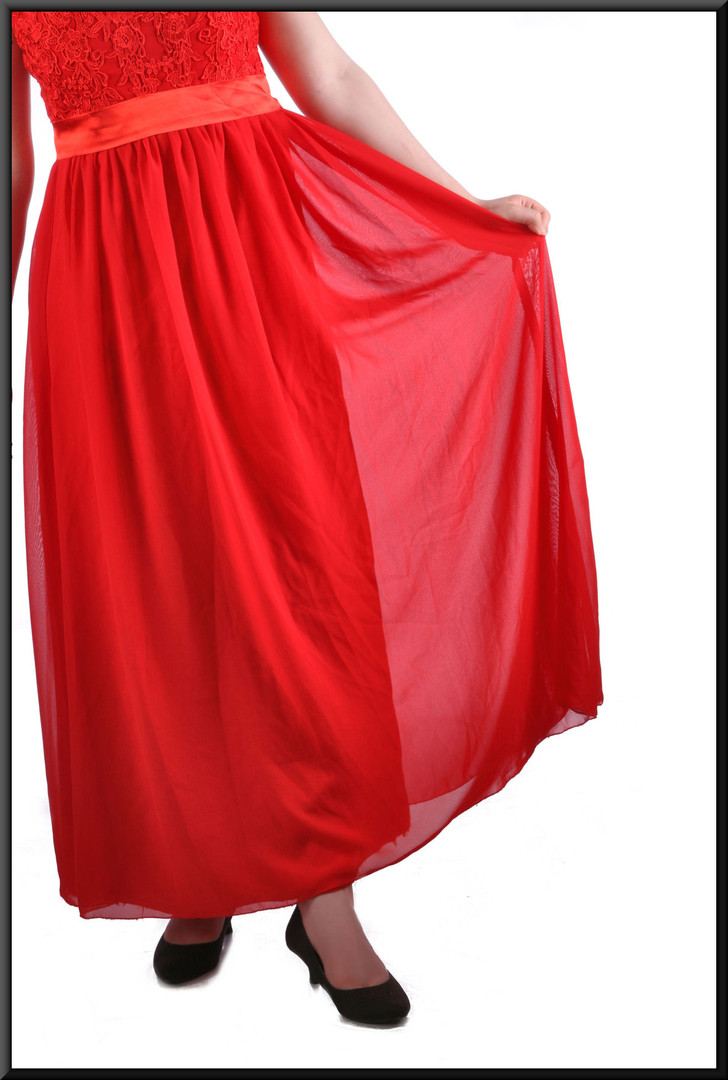 """Ankle length chiffon over satinette bridesmaid / evening dress, embellished bodice & corset tie, red, size 12 / 14, model height 5'7"""""""