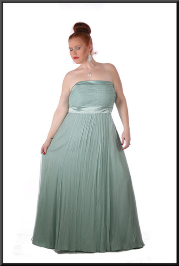 Size 20 / 24 Ruched boob-tube with two straps, net / silk skirt full length - light turquoise