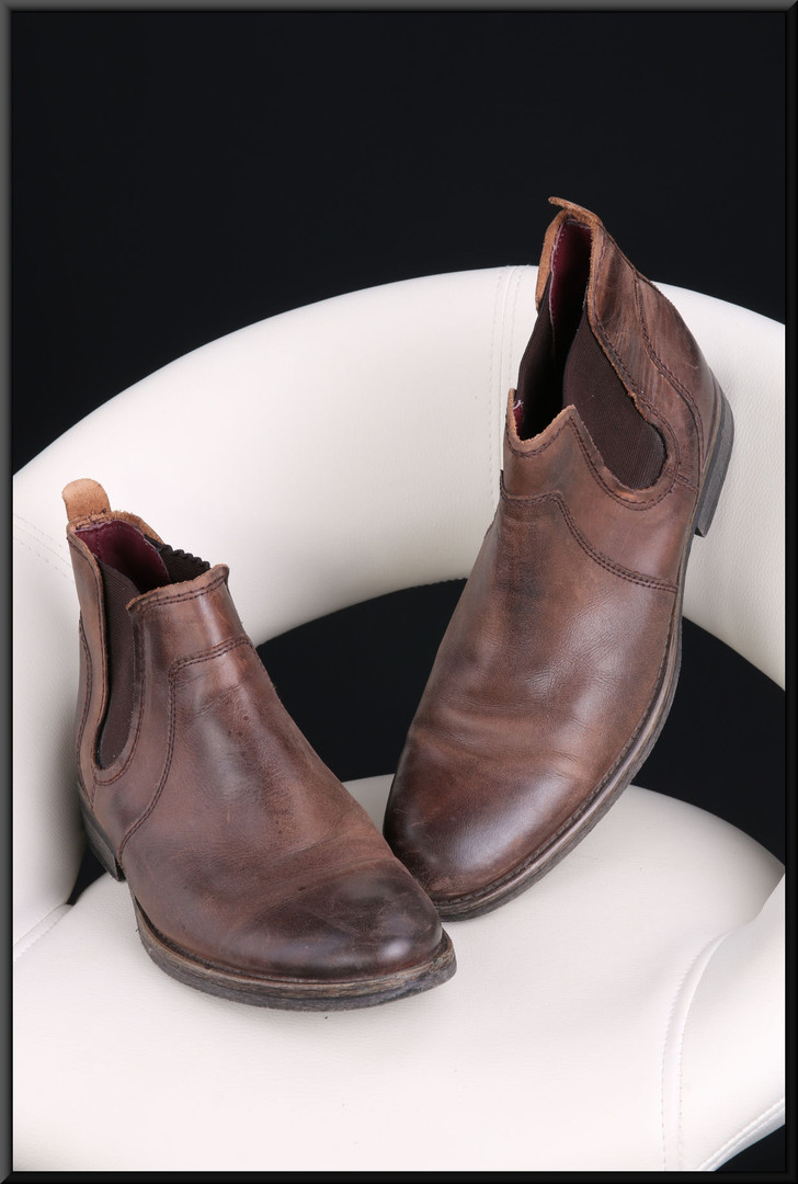 Men's brown leather shoes size 9 by Helle for Leather by Next