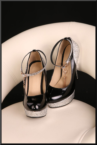 Ladies' black patent platform stiletto shoes with bejewelled heels and straps with gold tassels (EU 35) size 2