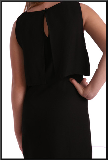 """100% polyester knee-length cocktail dress, size 8 in black. Model height 5'5"""""""