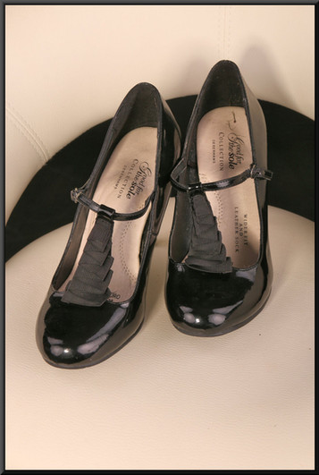 Ladies' black patent stiletto evening shoes size 5 wider fit by Good for the Sole (Debenhams)