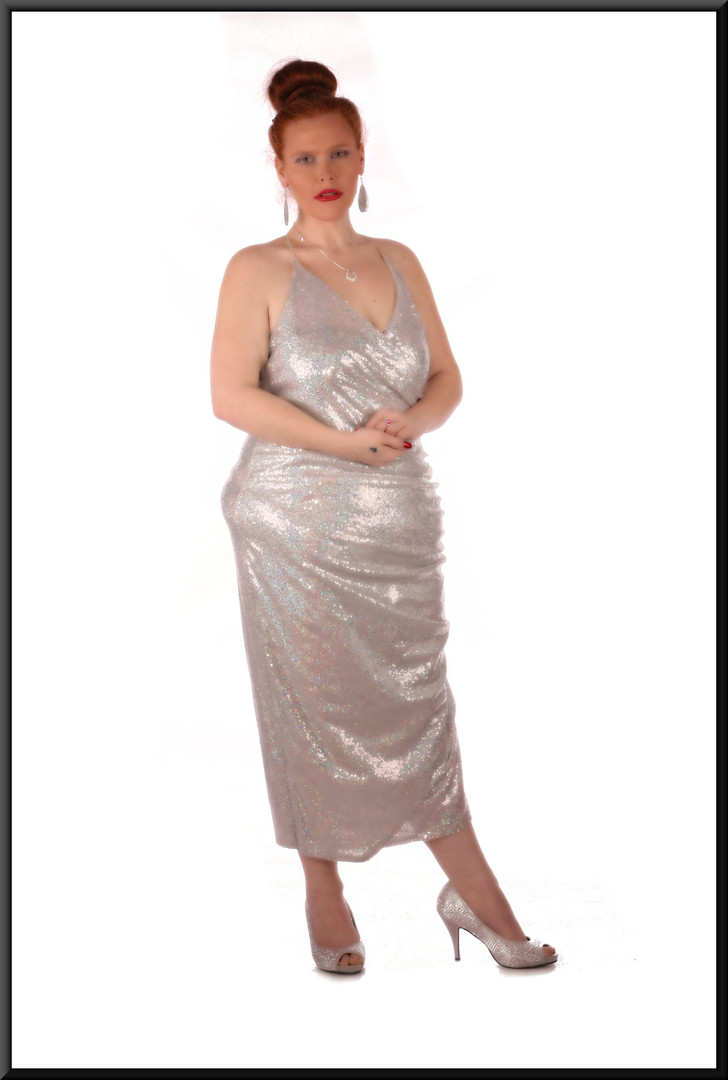 Sequinned mid-calf dress - silver – needs strapless bra