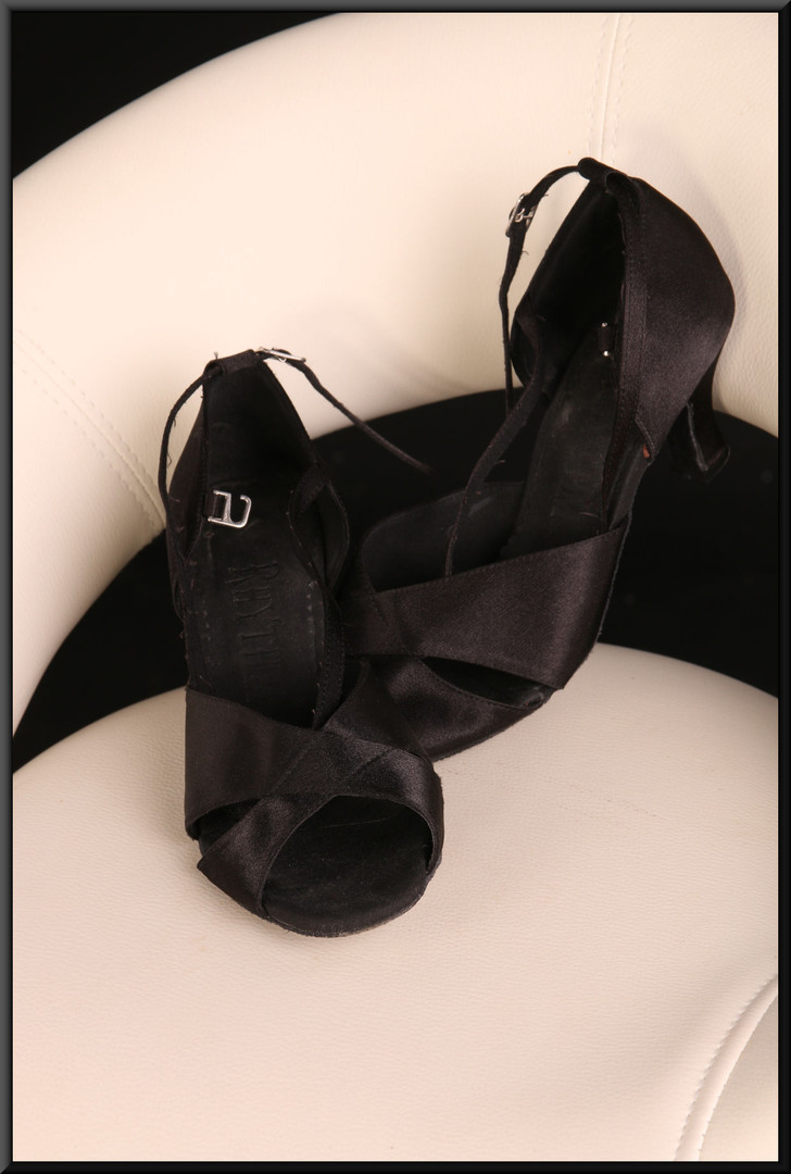 Ladies' black satin effect evening sandals with double wrap-around ankle straps estimated size 5